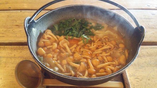 アツアツきのこほうとう鍋