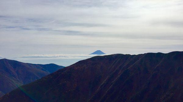 2番目に高い山から見る日本一の山