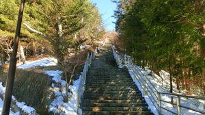 先の見えない階段・・・