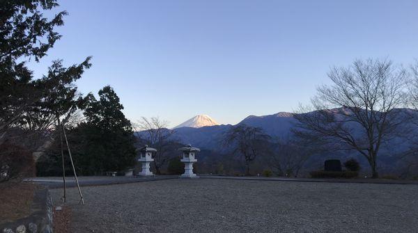 山頂からは見事な絶景!!