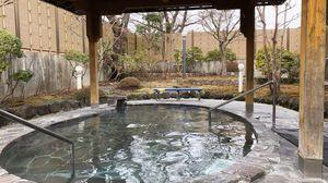温泉の醍醐味露天風呂へいざ…