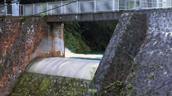 山梨県内にダムが約20基も?