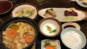 山梨郷土料理が食べられる創業120年の老舗店